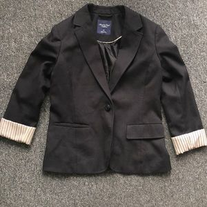 American Eagle Black Fitted Blazer Size Small